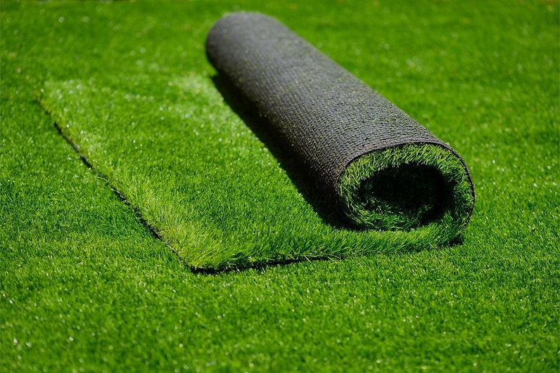Posa erba sintetica per campi sportivi