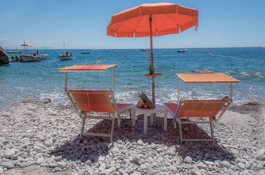 Spiaggia attrezzata Amalfi