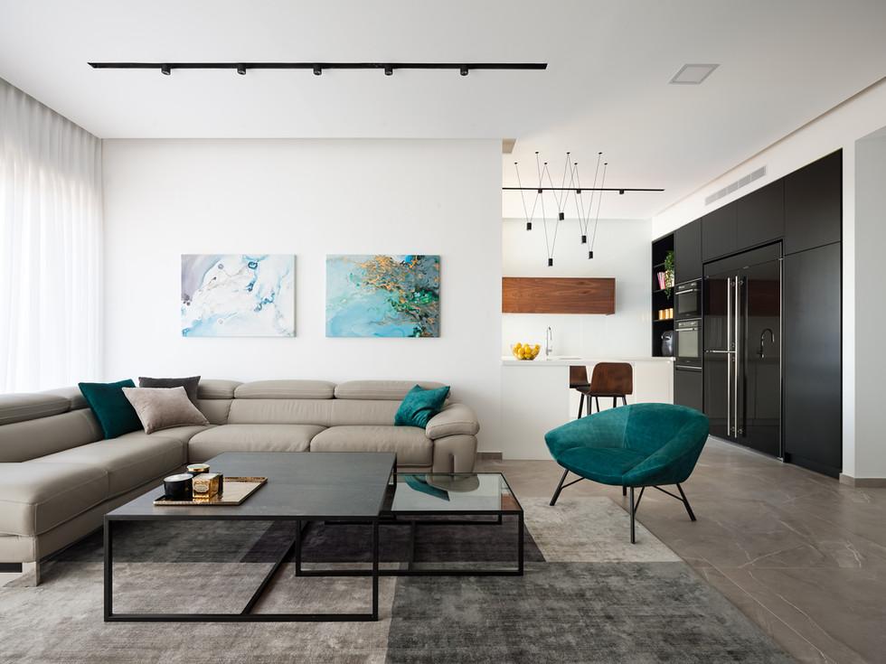 Rishon LeZion Apartment. Design by Lital Arad
