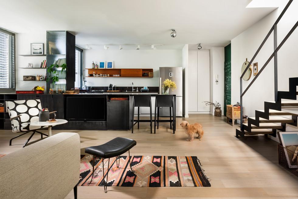 Apartment in Tel-Aviv Design by Tsafi Spivak and Moti Asban
