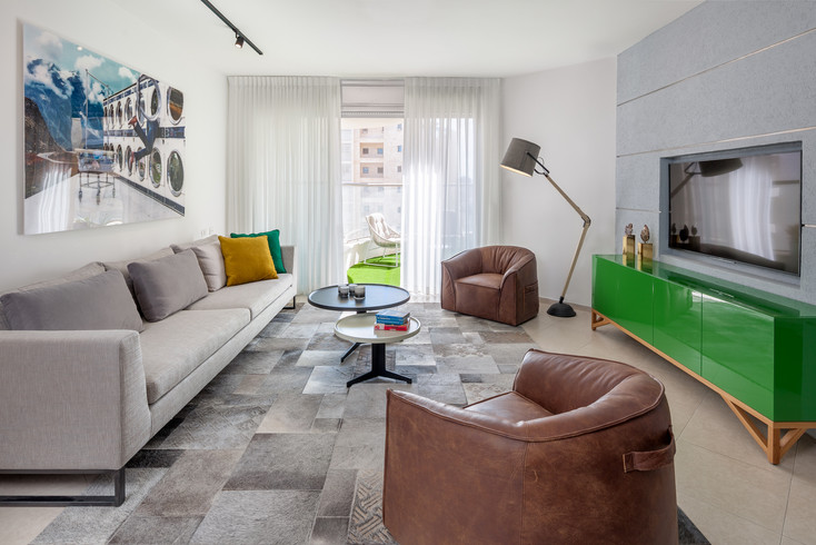 Apartment in Holon Design by Yehuda Gdalyao