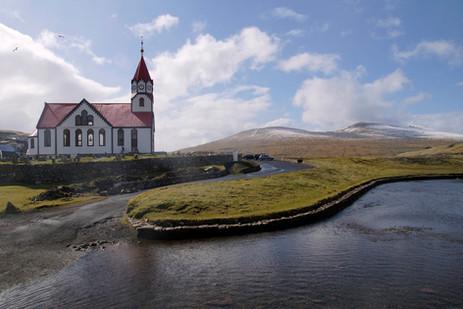 Church in Sandavag.jpg