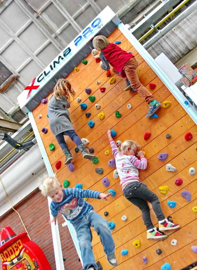 Climbing wall gallery 12 - Copy.jpg