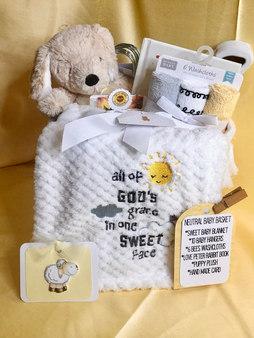 NEUTRAL BABY BASKET 2.JPEG