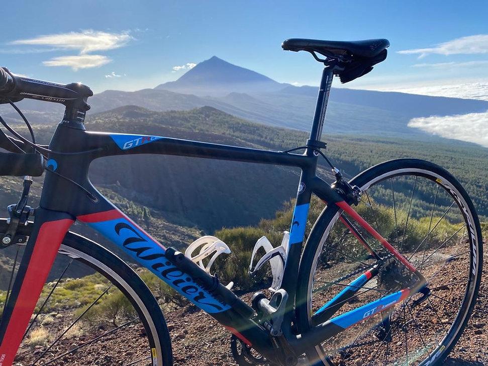 bike and teide 1.jpg