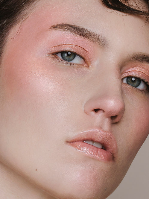 Madara GUILTY SHADES Eye & Cheek Multi-Shadow