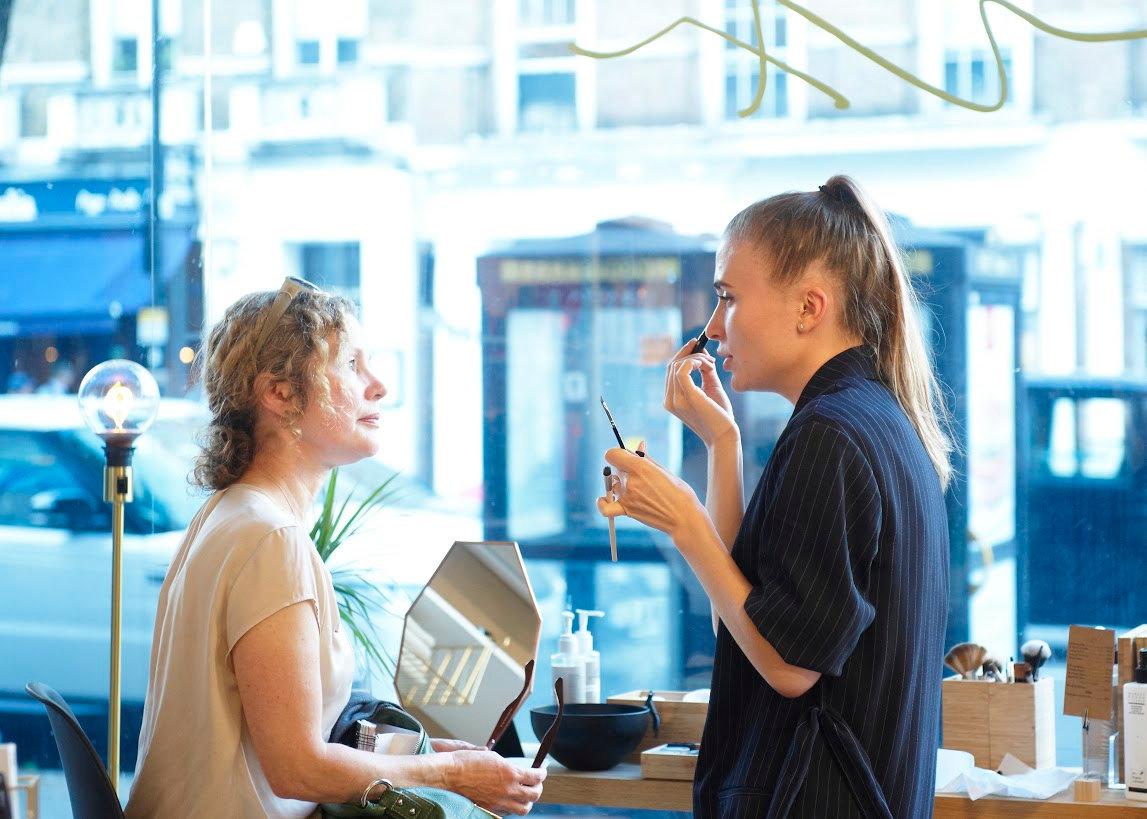 Virtual Everyday Makeup Consultation