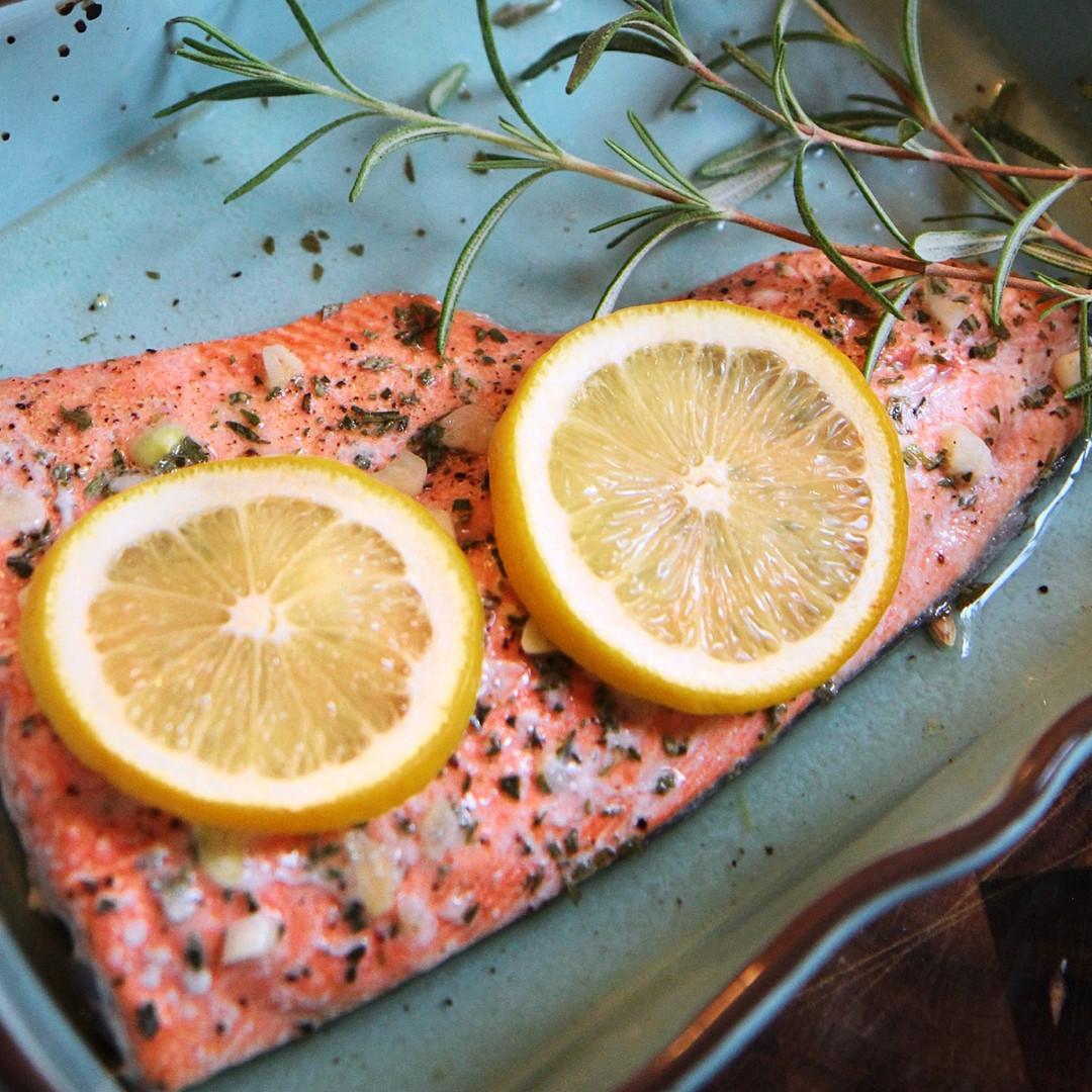 Lemon Garlic and Herb Baked Salmon