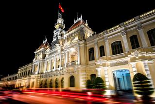 cityhall_night_hochiminh.jpg