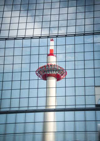 kyoto_tower2.jpg