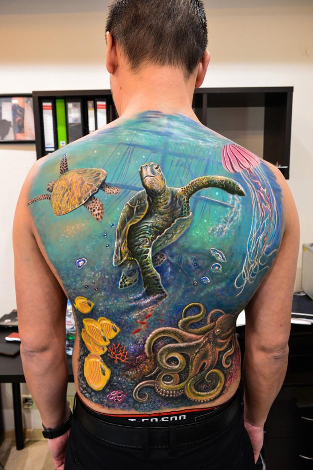 Подводное перекрытие старых тату