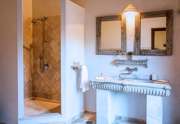 Cortijo El Aguilon: Private Luxury Beach Villa Tarifa