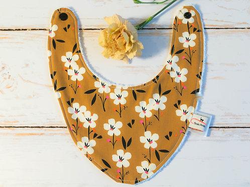 Bavoir bandana fleurs moutarde bébé