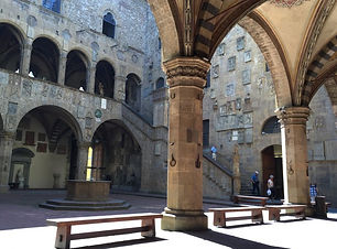 Museo_del_bargello-_cortile_800.jpg