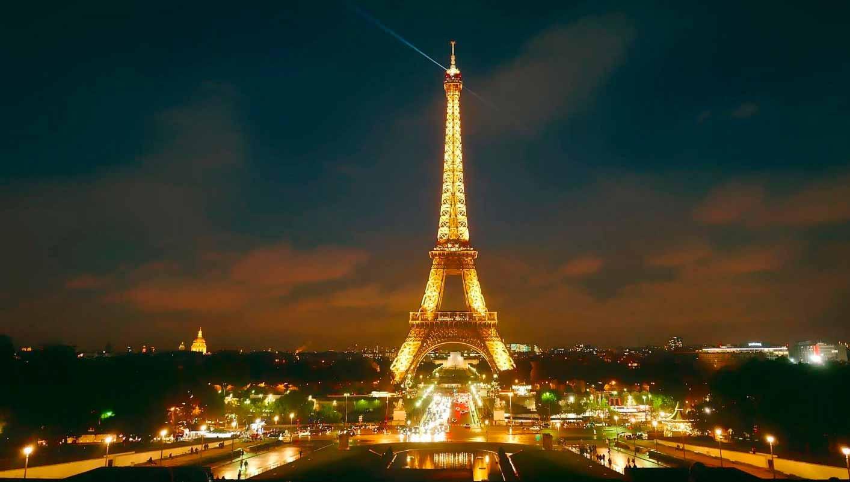 EIFEL TOWE PARIS.jpg