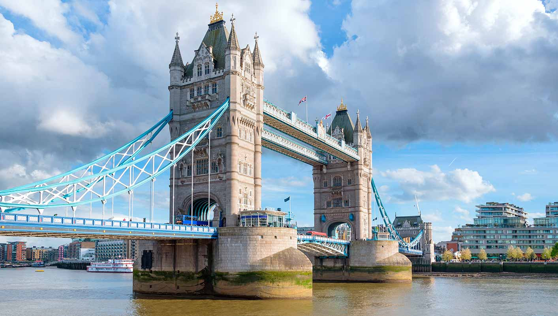 TOWER BRIDGE LONDRES.jpg