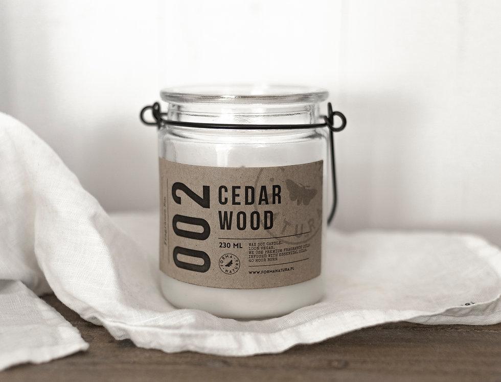 """Świeca No. 002 """"Cedar wood"""""""