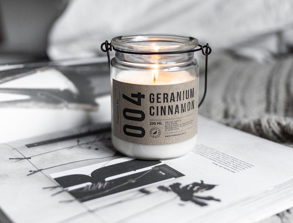 """Świeca No. 004 """"Geranium Cinnamon"""""""