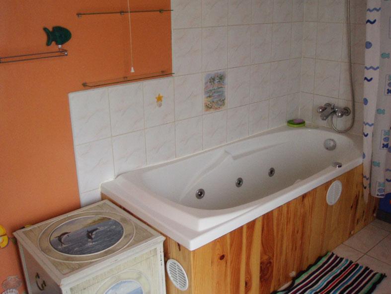 Spa bath, 1st floor