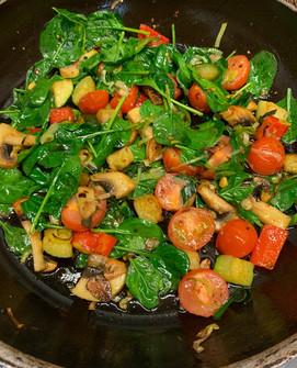Pfanne spinat gemüse.jpg