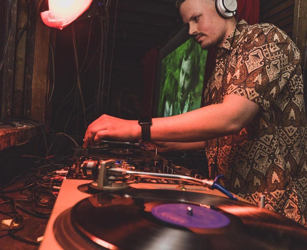 Guest DJs at Rendezvous