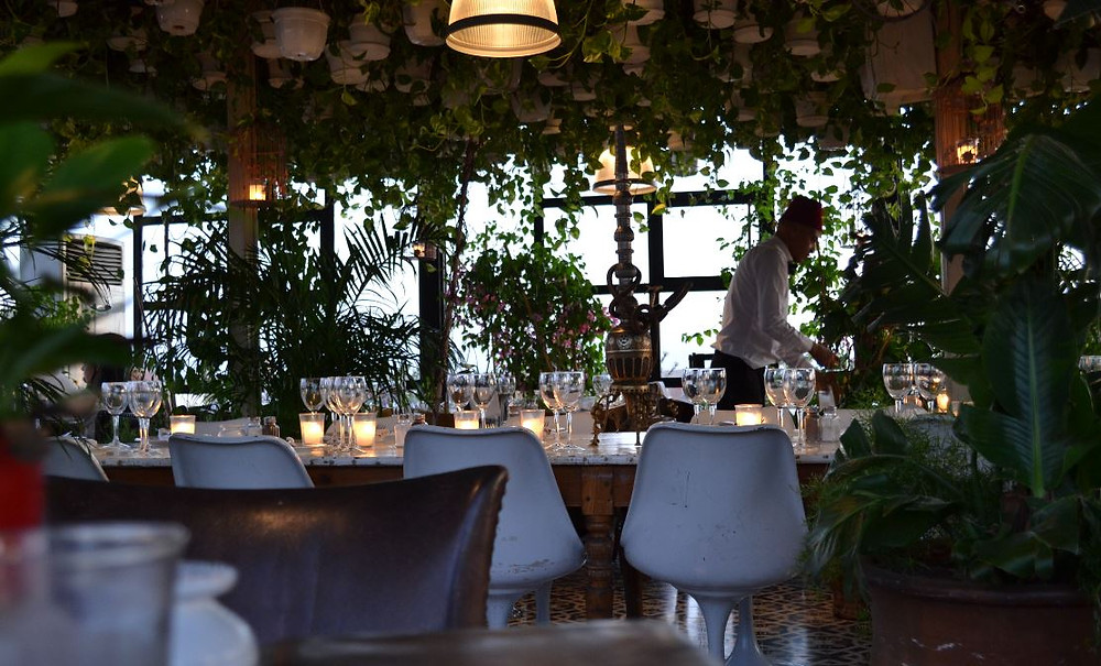 Las terrazas de los restaurantes son lugares perfectos para degustar la gastronomía marroquí