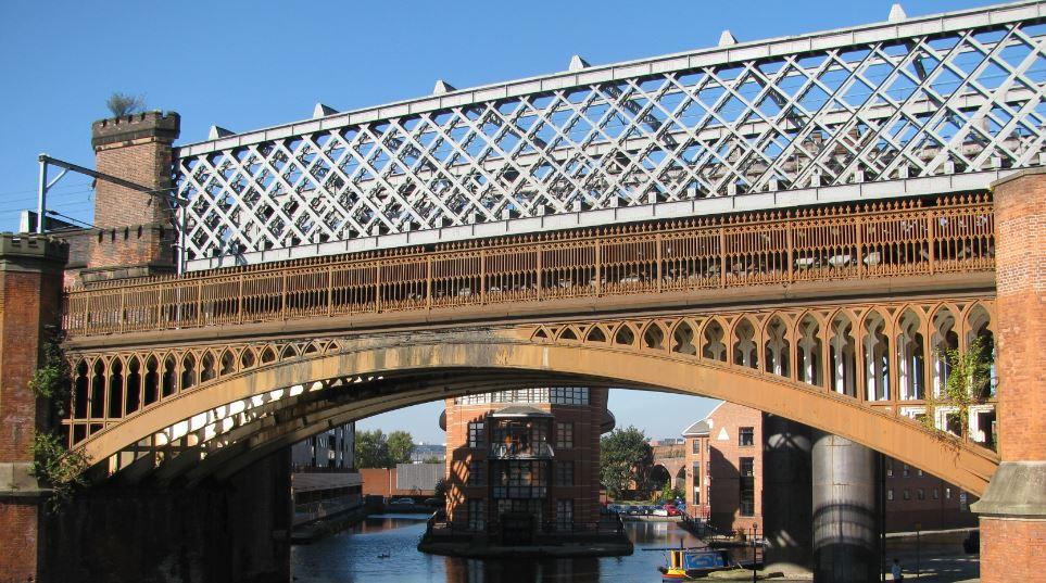 Pasear por el Bridgewater Canal fue de lo mejor que hicimos en Manchester