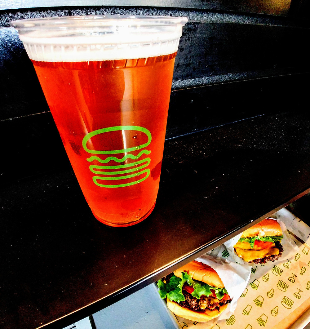 Cerveza y burguers en Shake Shack