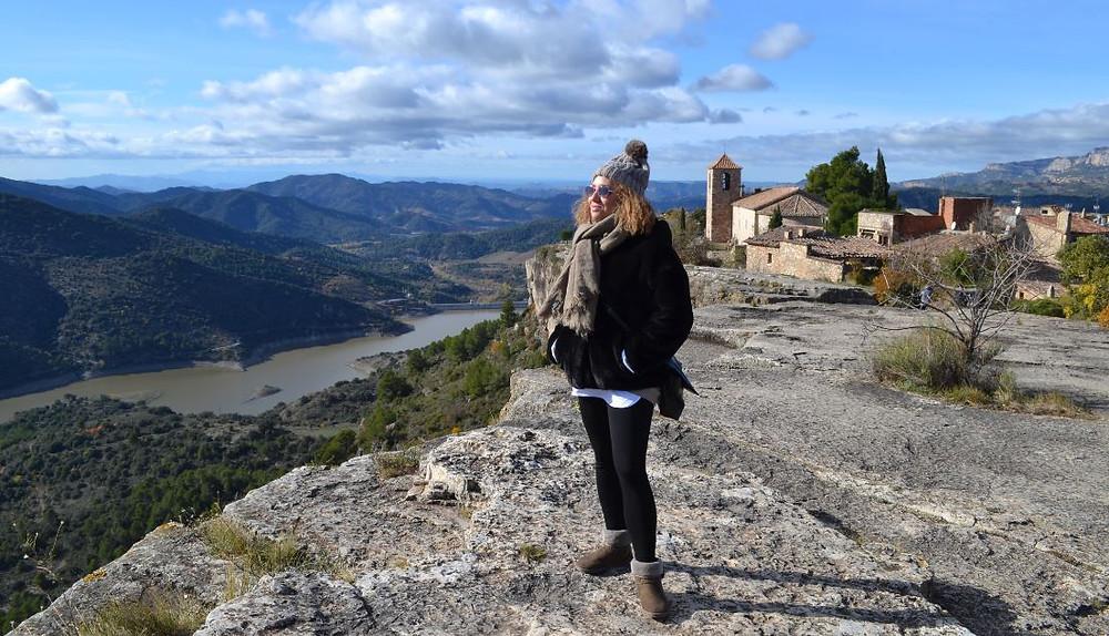 Siruana de Prades es una aldea de menos de 40 habitantes, pero tiene una ubicación excepcional