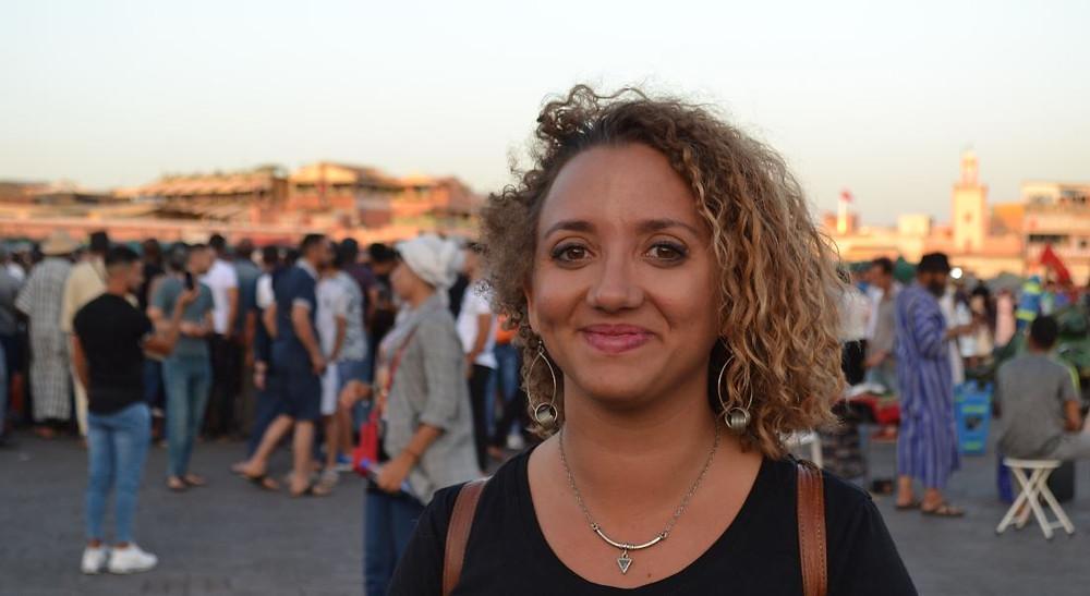 Por la tarde, la plaza más importante de Marrakech adquiere un ambiente impresionante