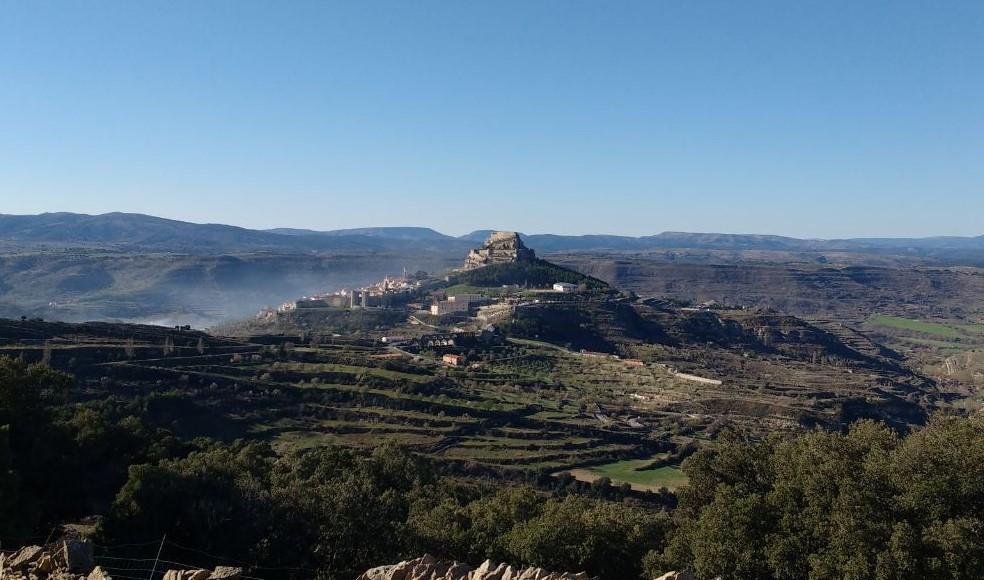 Morella está situado en lo alto de una colina