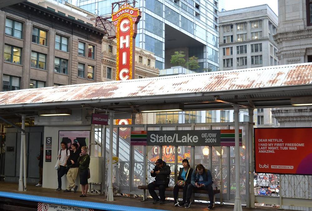 The Loop toma su nombre por el tren elevado que recorre el barrio