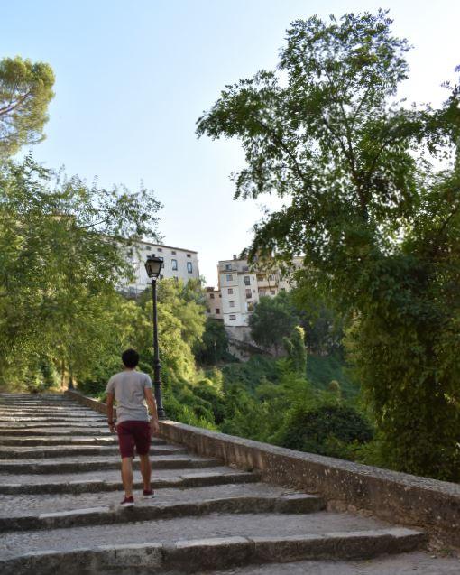 Si vas a Cuenca acuérdate de llevar unas zapatillas cómodas, ya que los desniveles son fuertes