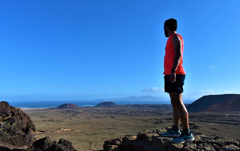 Ver Lanzarote desde lo alto del Calderón Hondo nos trajo muy buenos recuerdos