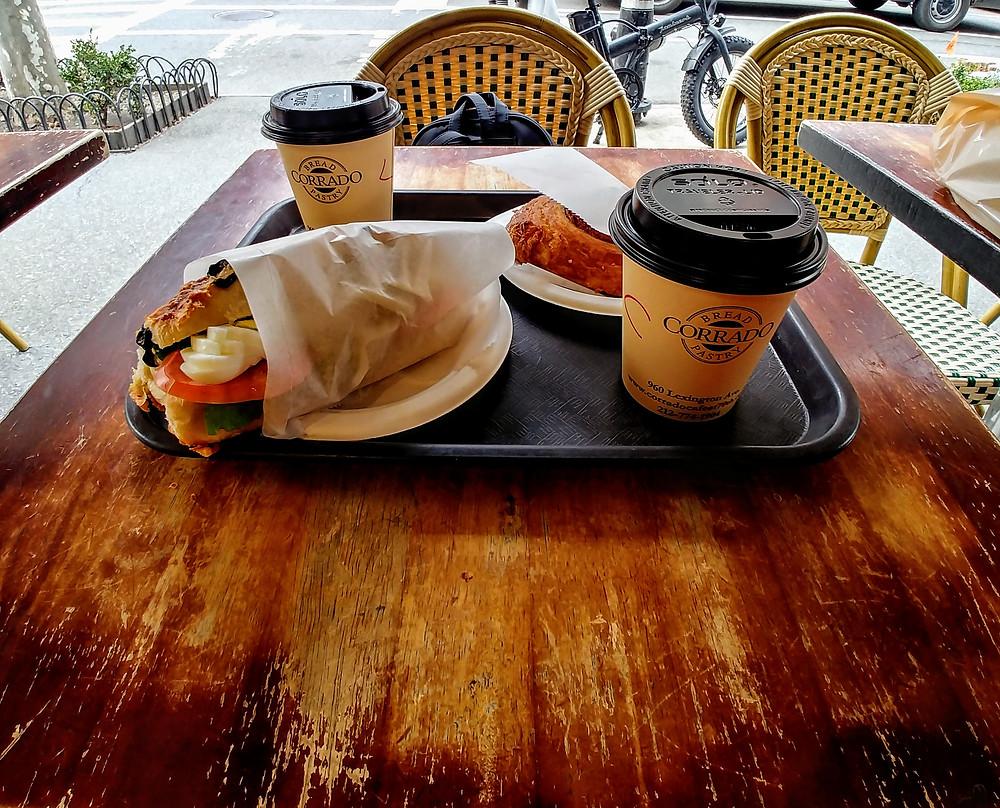 Desayuno en Corrado Bread and Pastry