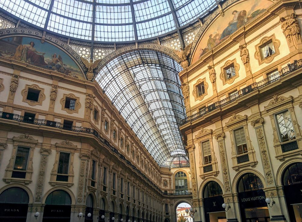 La Galería Víctor Manuel es de los lugares más espectaculares de Milán