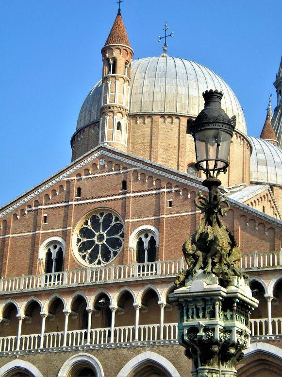 Basílica de San Antonio de Padova