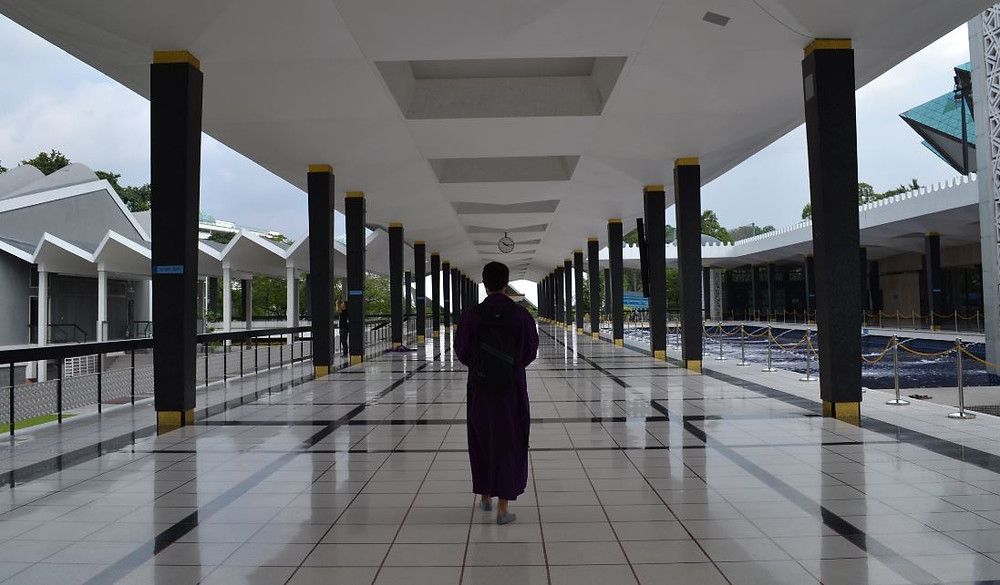 Uno de los planazos gratis en Kuala Lumpur es visitar la Mezquita Nacional
