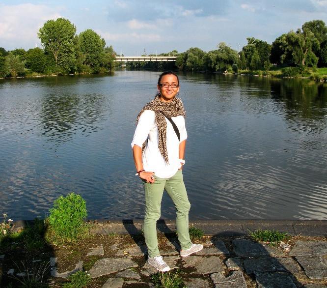 Anna en una de las islas de Stadtamhof