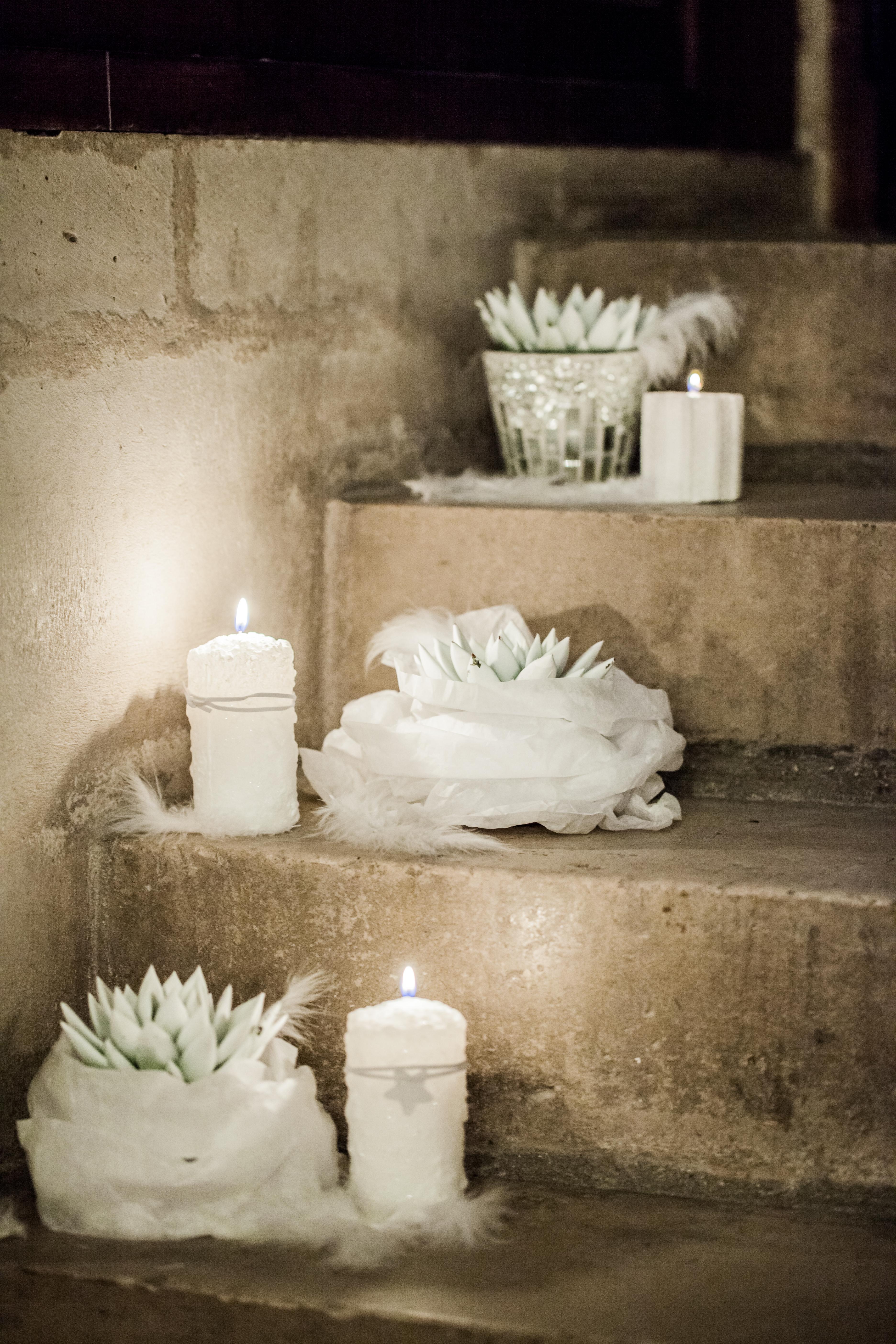 Lumière tamisée dans l'escalier