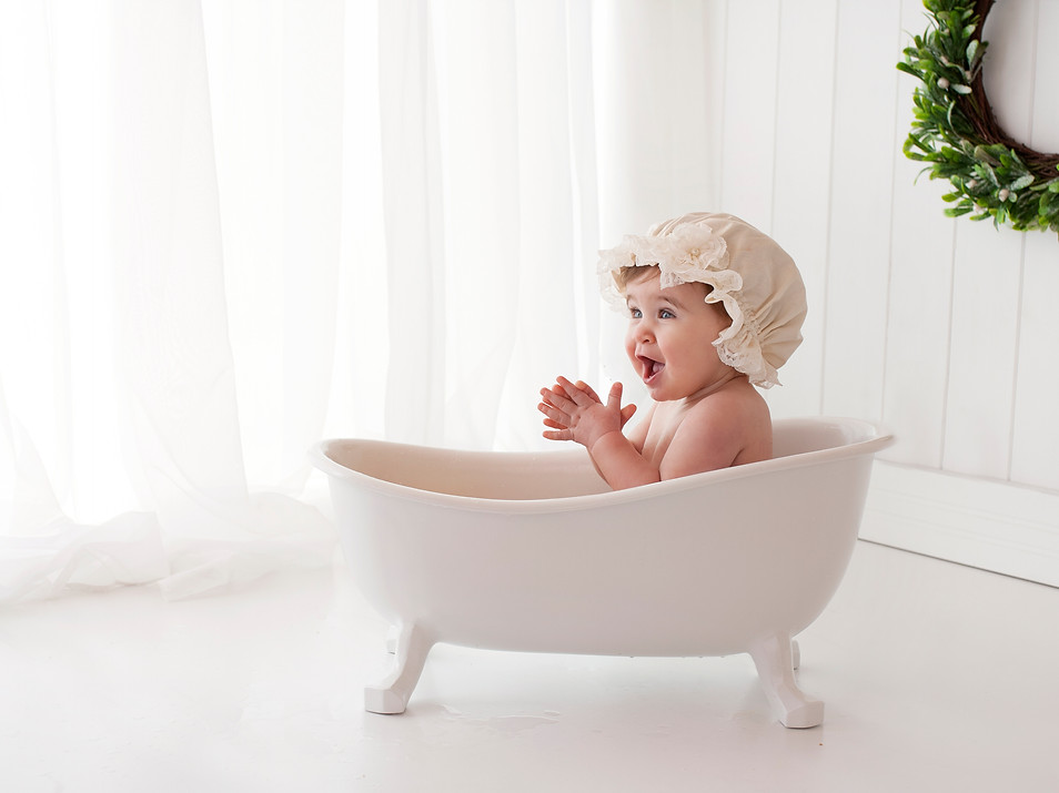 Fun Bathtime Spash After Baby 1st birthday cake smash Photos - Photography Photoshoot Aldershot Hampshire