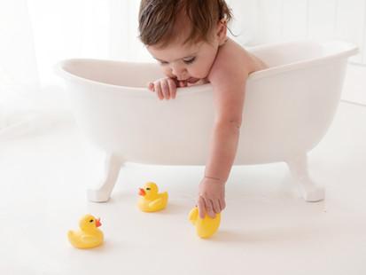 Fun Bathtime Spash After Baby 1st birthday cake smash Photos - Photography Photoshoot Aldershot Hampshire