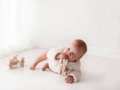 White studio natural baby pictures