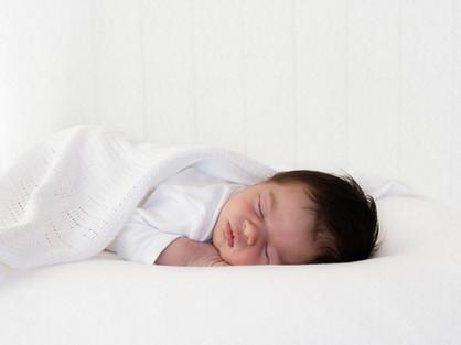 Natural Newborn Baby Photos In White Studio - Photography Photoshoot Aldershot Hampshire