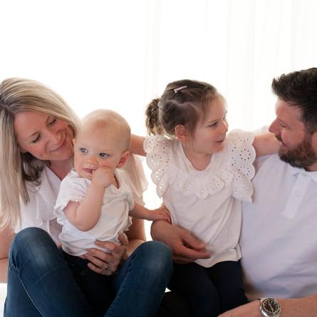Family Photos / Parent & Children Child - Photography Photoshoot Aldershot Hampshire