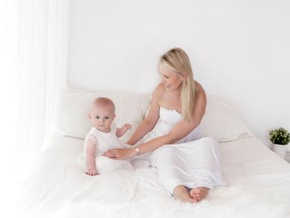 mummy parent & baby lifestyle photography photographer