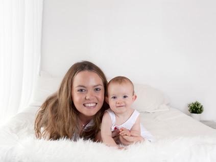 Mum & Baby / Family Photos- Photography Photoshoot Aldershot Hampshire