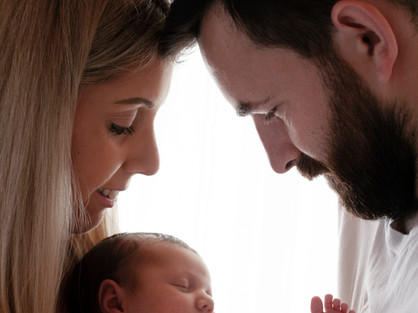 Natural Newborn Baby Photos In White Studio - Photography Photoshoot Aldershot Hampshire - Pictures