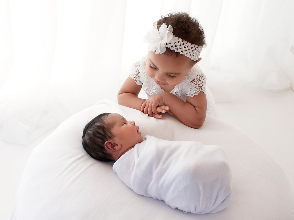 Natural Newborn Baby with Sister / Sibling Photos In White Studio - Photography Photoshoot Aldershot Hampshire - Family Pictures Farnborough