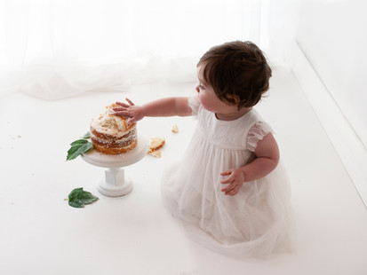 birthday cake messy cake smash pictures local photographer